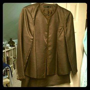 Nipon brown 3 PC. Suit
